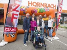 ZZF-patiënt Jayden (6) en Estavana Polman openen landelijk voetbaltoernooi voor kinderen