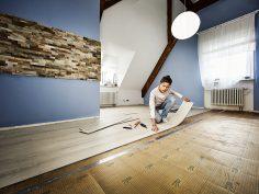 De vloer aanvegen met Hornbach