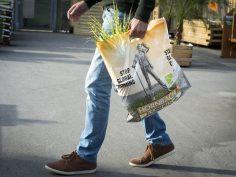 Een tas met een boodschap