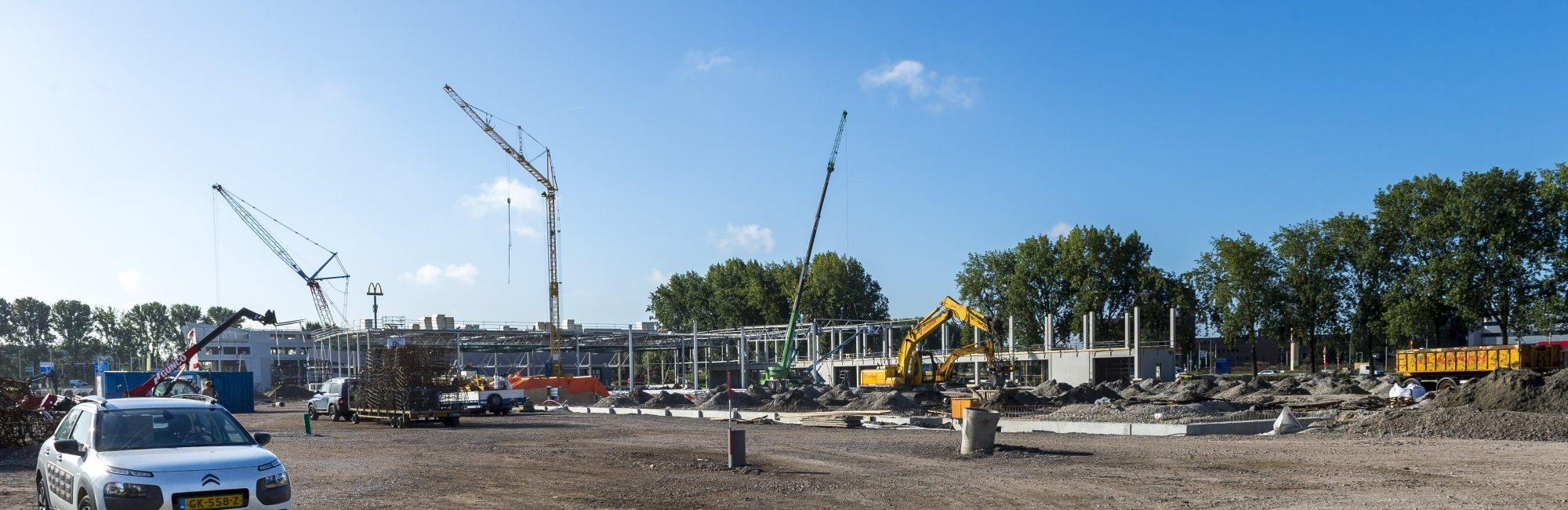 Den Haag - Nieuwbouw Hornbach Ypenburg