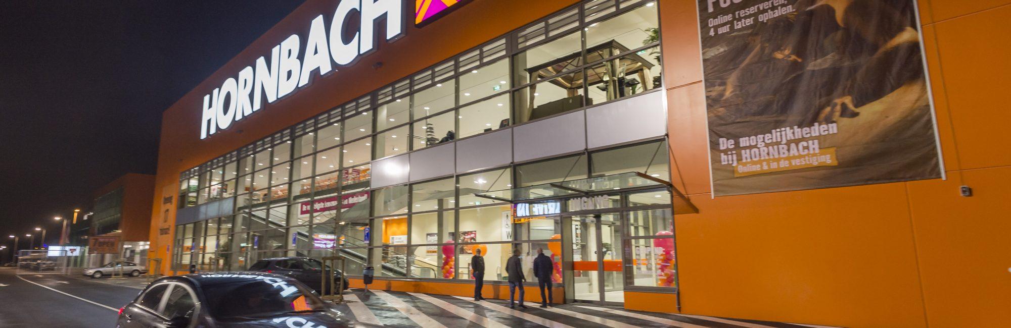 AMSTERDAM - Opening  Hornbach Amsterdam voor publiek