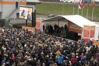 Publiek Max Verstappen Hornbach