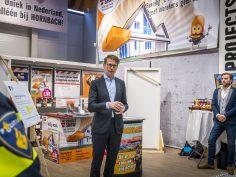 Minister Sander Dekker spreekt over daling woninginbraken