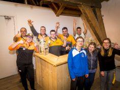 Stichting HORNBACHhelpt bouwt feestelijke sfeerzolder