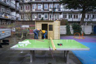 AMSTERDAM - Hornbach Helpt speeltuin de Gibraltar.